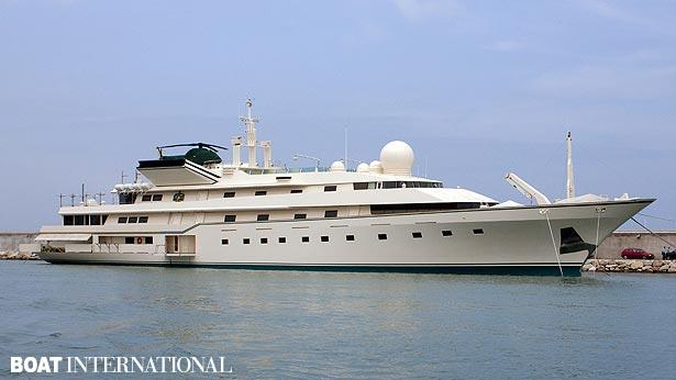 Top 200 largest yachts in the world Superyacht Kingdom 5KR