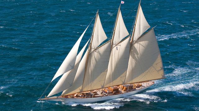 Superyacht Adix