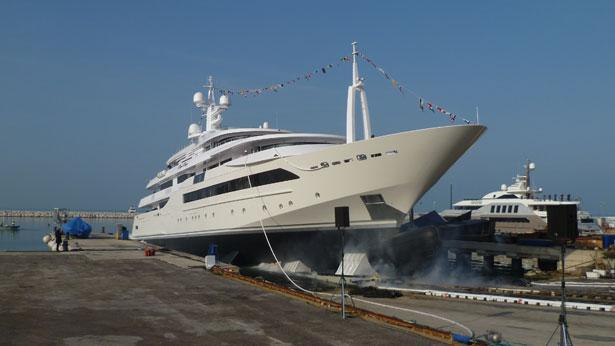 Top 200 largest yachts in the world Superyacht Chopi Chopi
